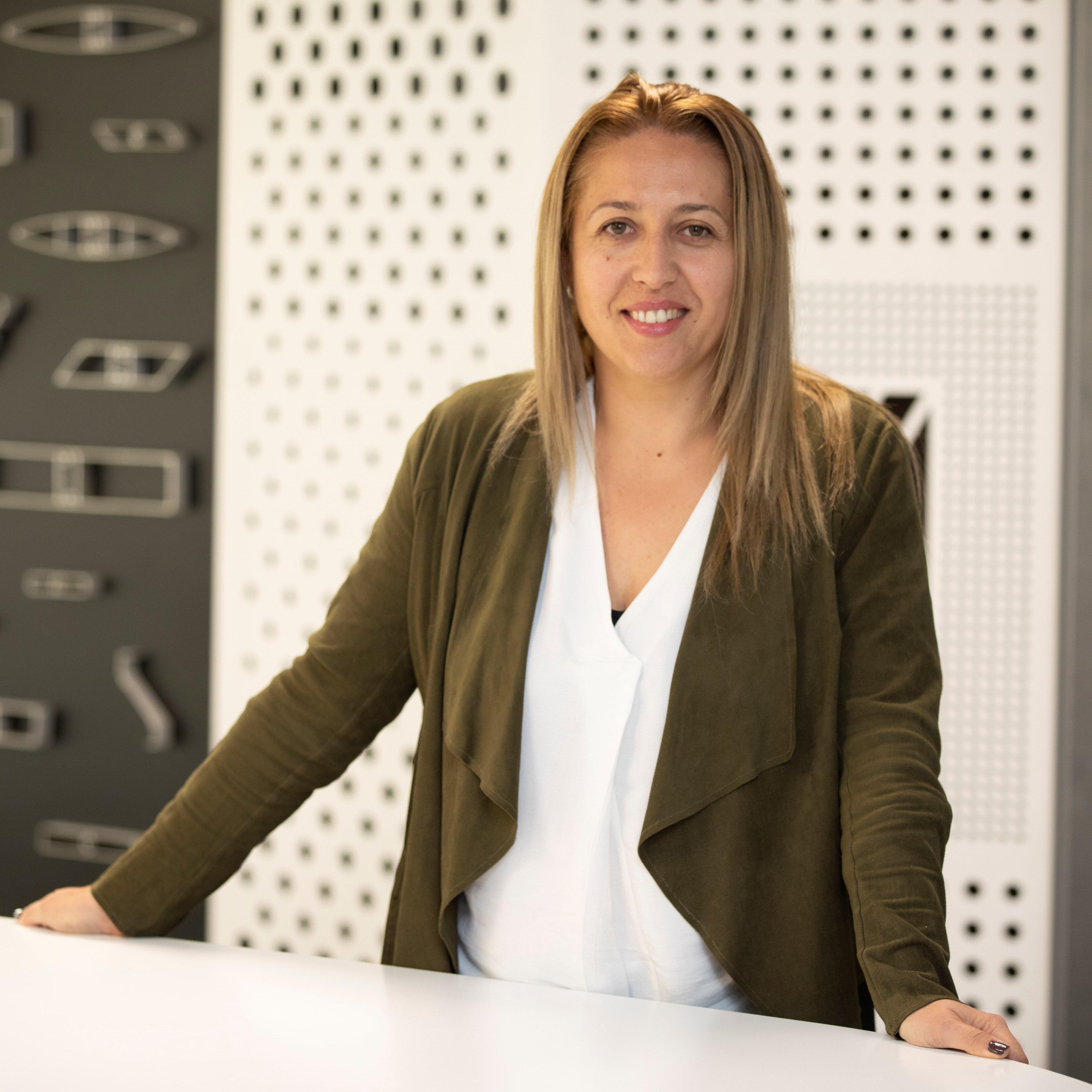 Mihaela Oarga | Insol Ltd